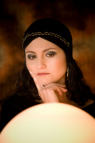 Learn About Psychic Readings - Understanding Your Personal Reading